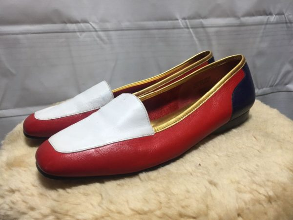 product details: 1980'S LEATHER COLOR-BLOCK FLATS W/ METALLIC GOLD BINDING photo