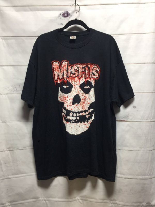 product details: CLASSIC MISFIT'S W/ BLOODY SKULL GRAPHIC BAND T-SHIRT photo