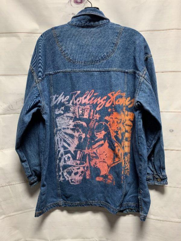 product details: 1990'S LONGER CUT DENIM JACKET W/ ROLLING STONES OMBRE BACK GRAPHIC photo