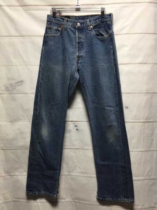 product details: CLASSIC DARKER WASH LEVIS 501 DENIM JEANS AS-IS photo