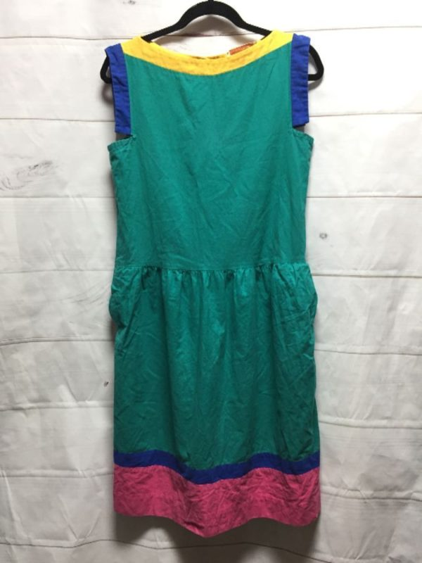 product details: SLEEVELESS COTTON DRESS W/ COLOR-BLOCK DESIGN photo