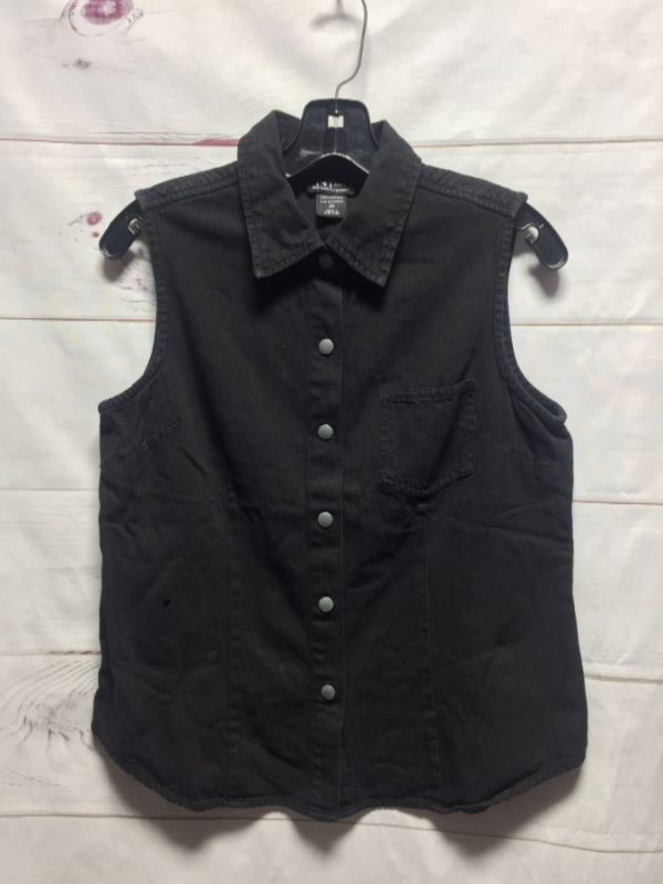 product details: 1990S SLEEVELESS TWILL SNAP BUTTON UP COLLARED SHIRT photo
