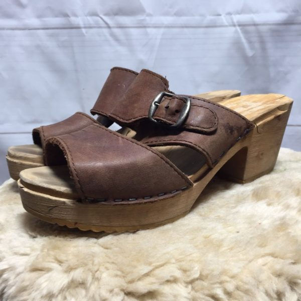 product details: OPEN TOE WOODEN CLOGS LEATHER STRAPS - AS IS MADE IN SWEDEN photo