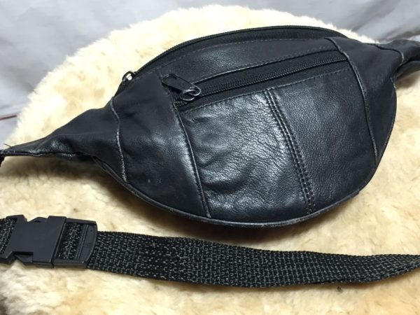 product details: CLASSIC GENUINE LEATHER FANNY PACK photo