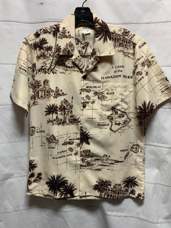 product details: HAWAIIAN ISLANDS BUTTON DOWN SHORT SLEEVE SHIRT COCONUT BUTTONS photo