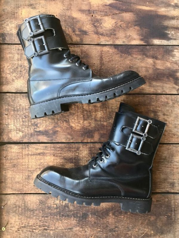 product details: STEAMPUNK MID HEIGHT LEATHER COMBAT LACEUP BOOTS WITH TEXTURED DOUBLE BUCKLE photo