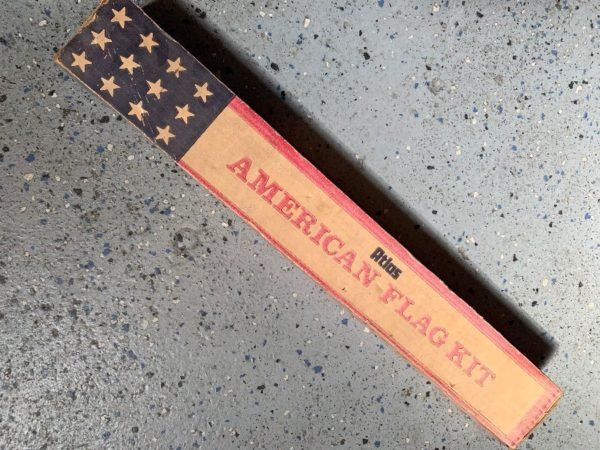 product details: DEADSTOCK AMERICAN FLAG KIT photo