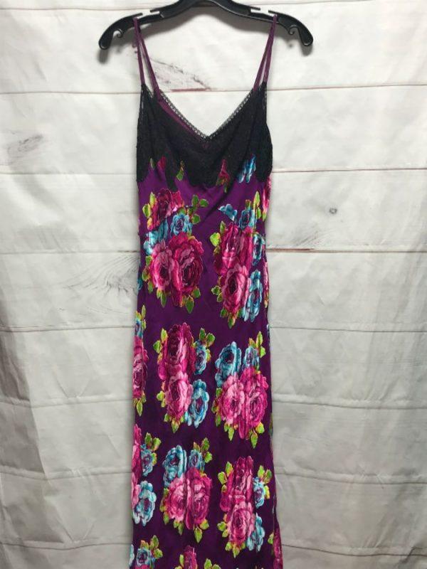 product details: DRESS TANK VELVET FLOWERS photo