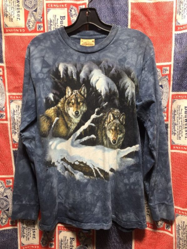 product details: 1990S THE MOUNTAIN LONG SLEEVE WOLVES IN SNOW TSHIRT photo