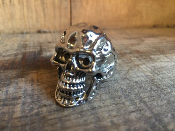product details: CHUNKY SHINY SILVER PLATED SKULL RINGS photo