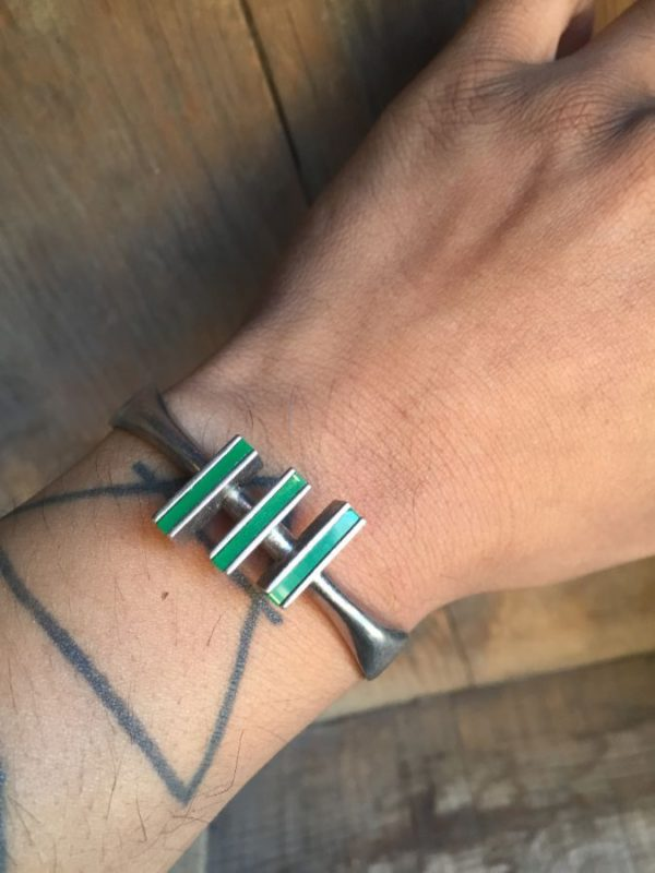 product details: 1970S STERLING SILVER BRACELET WITH GREEN STONE MALACHITE STYLE BLOCKS photo