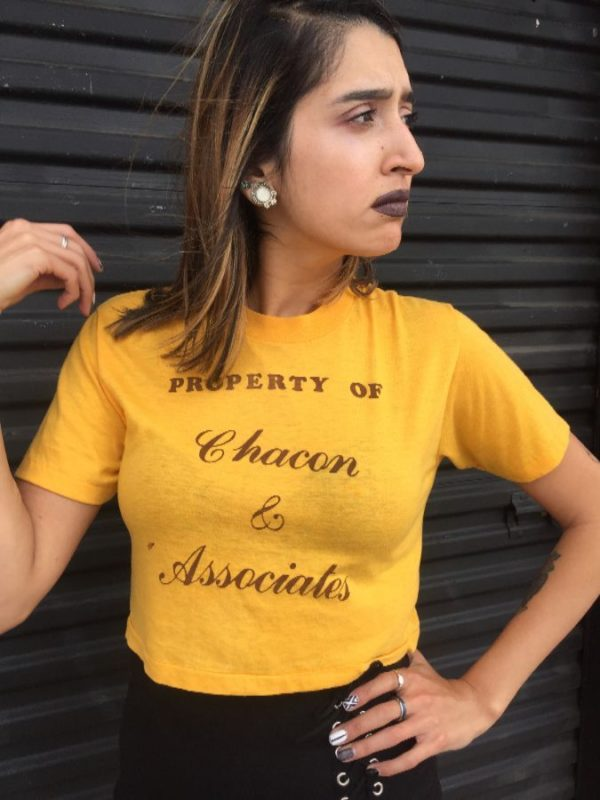 product details: T-SHIRT CROPPED PROPERTY OF CHACON AND ASSOCIATES - AS IS photo