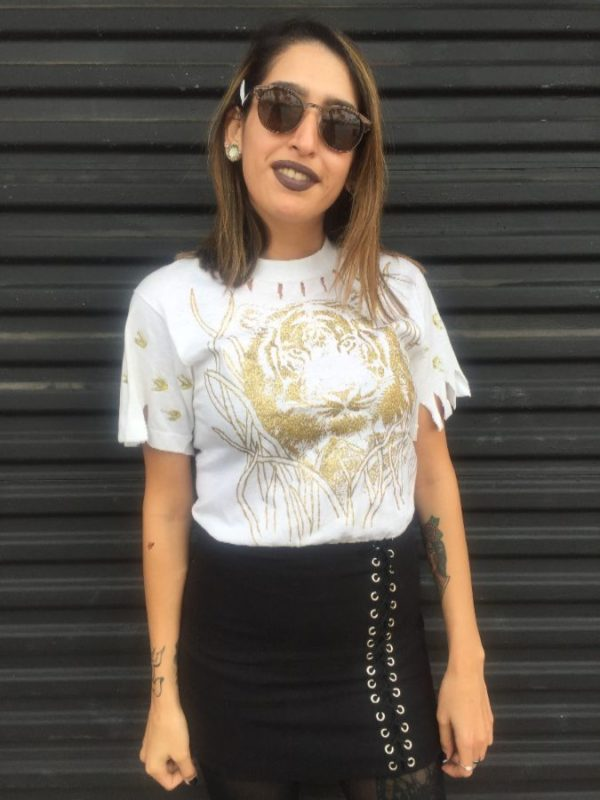 product details: DISTRESSED GLITTER TIGER PRINT GRAPHIC TSHIRT - AS IS photo