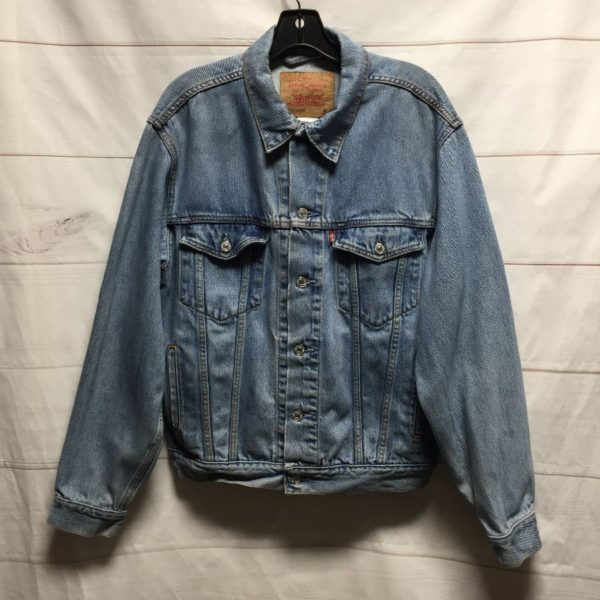 product details: PERFECT LEVIS MEDIUM  WASH DENIM JACKET SOFT photo