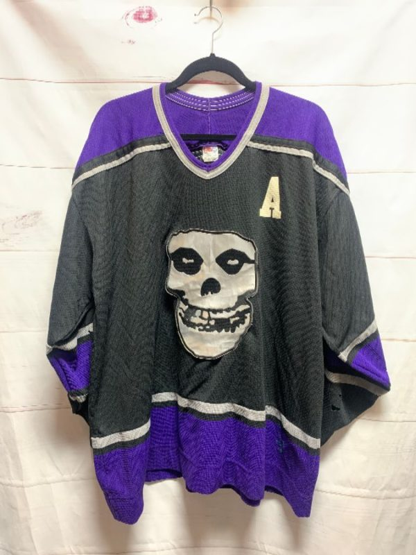 product details: DISTRESSED LA KINGS NHL HOCKEY JERSEY W/ LARGE MISFITS SKULL PATCH WYMAN #4 AS-IS photo