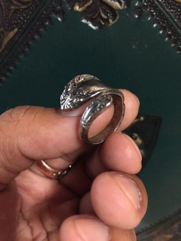 product details: VICTORIAN DESIGN VINTAGE BENT SPOON RING photo