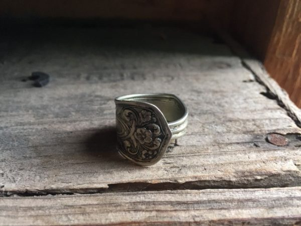 product details: FLORAL VINES VINTAGE BENT SPOON RING photo