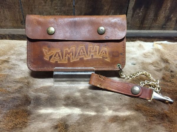 product details: YAMAHA EMBOSSED GENUINE LEATHER CHAIN WALLET photo