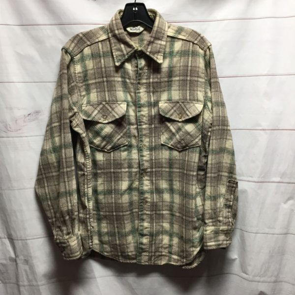 product details: LONG SLEEVE WOOLRICH FLANNEL BUTTON UP SHIRT photo