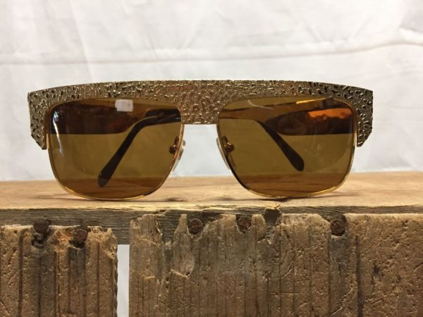 product details: RARE DEADSTOCK 1980S HEAVY HAMMER GOLD NUGGET STYLE SUNGLASSES SOLD AS-IS photo