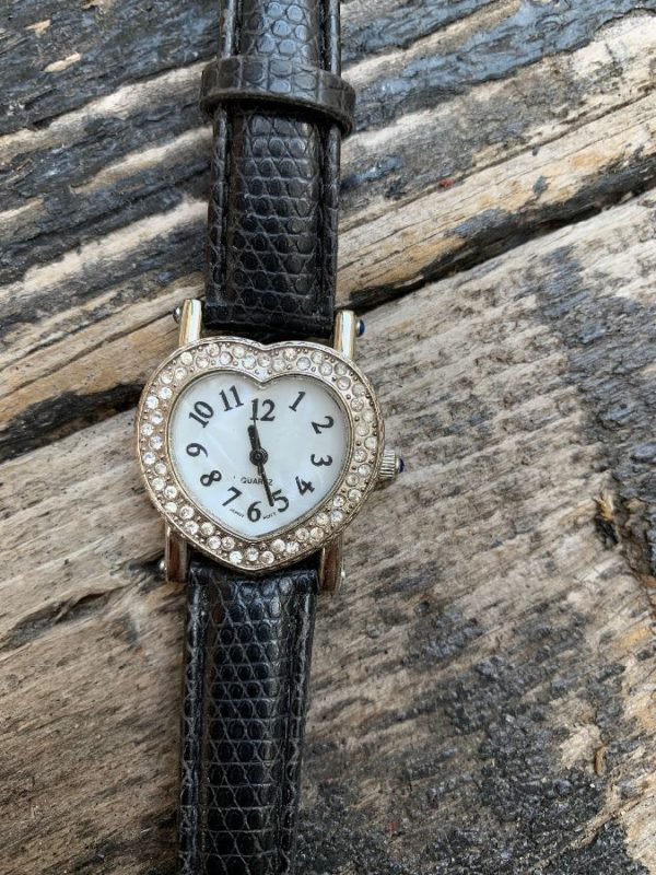 product details: RHINESTONE ENCRUSTED HEART WATCH LEATHER STRAP SAPPHIRE photo
