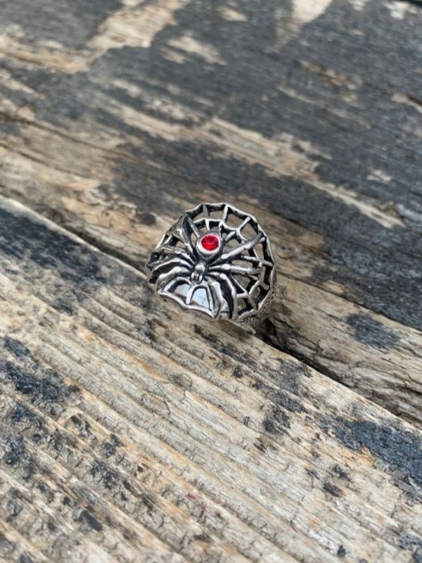 product details: BLACK WIDOW SPIDER & WEB GARNET STONE MOTORCYCLE RING photo