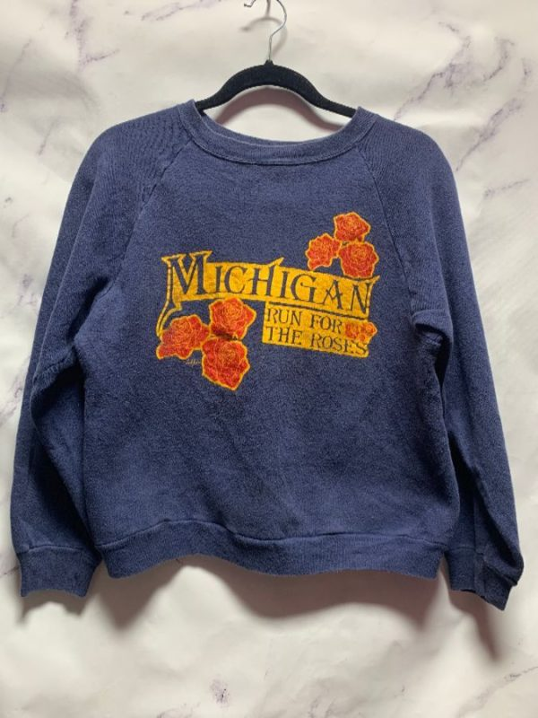 product details: SWEATSHIRT MICHIGAN RUN FOR THE ROSES photo