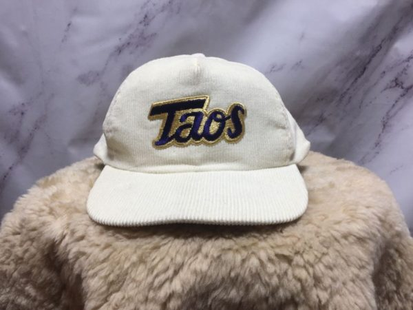 product details: RETRO CORDUROY HAT EMBROIDERED TAOS LOGO photo
