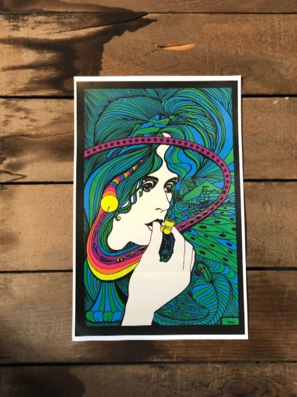 product details: PSYCHEDELIC WOMAN SMOKING A PIPE WITH HAIR & STARS POSTER photo