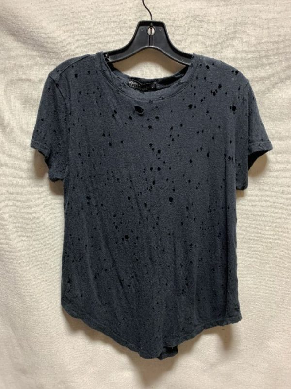 product details: COTTON TEE MIDDLE SEAM HOLES THROUGHOUT photo