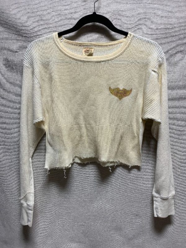 product details: LONG SLEEVE CROPPED THERMAL GLITTER WING GRAPHIC AS-IS photo