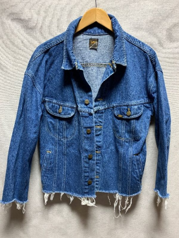 product details: CROPPED & FRAYED LEE DENIM JACKET *RECONSTRUCTED AS-IS photo