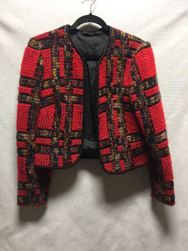product details: CROPPED WOOL BOUCLE JACKET TEXTILE PLAID DESIGN photo