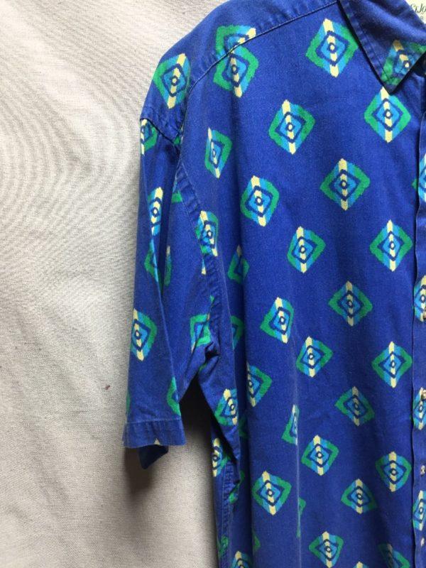 product details: 1990S SHORT SLEEVE BUTTON DOWN COTTON SHIRT FUNKY GEOMETRIC DESIGN photo