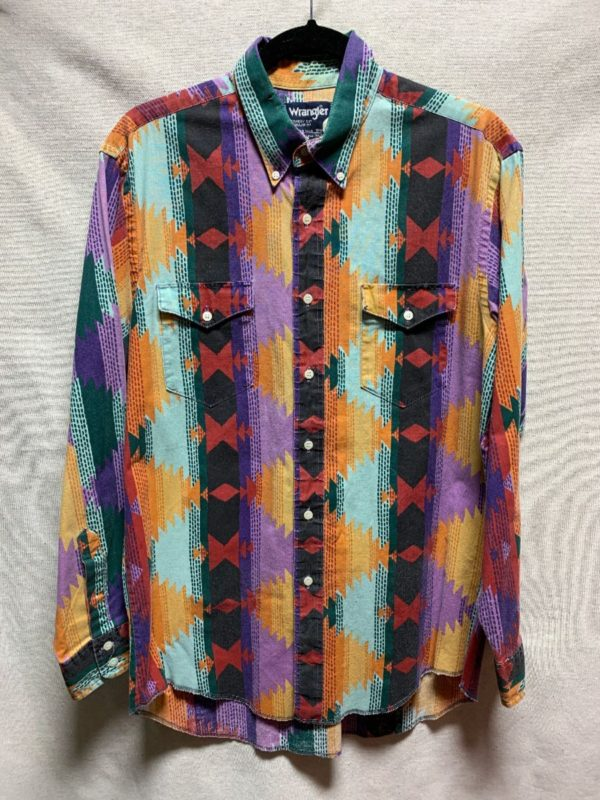 product details: 1990S AZTEC PRINTED LONG SLEEVE  BUTTON DOWN WESTERN SHIRT photo