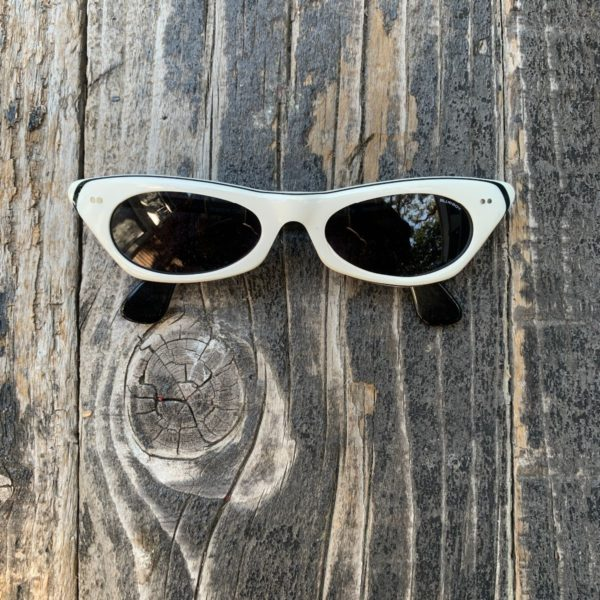 product details: AMAZING TWO-TONE CAT EYE SUNGLASSES MADE IN ITALY photo