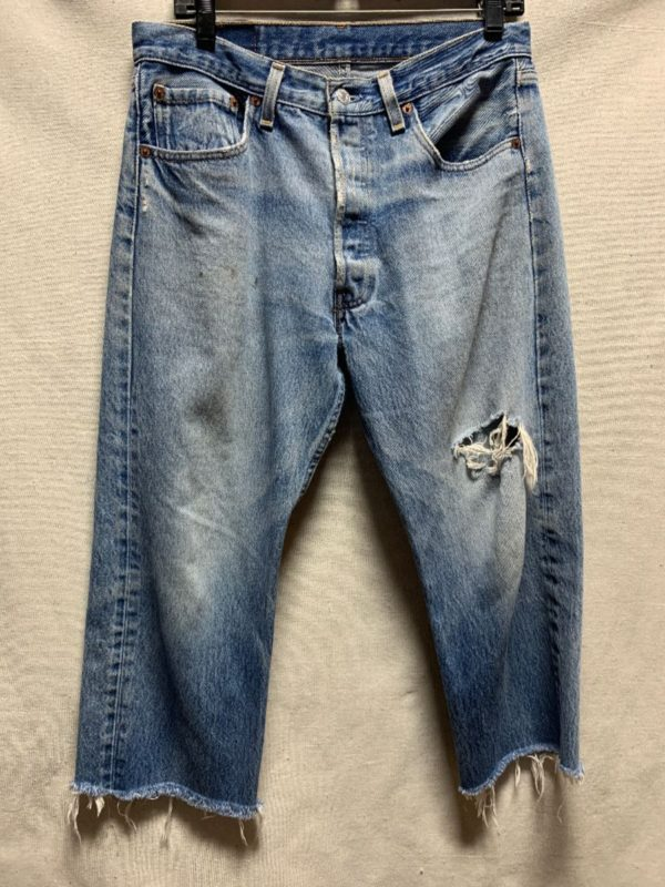 product details: DISTRESSED LEVIS 501 CUTOFF BOTTOM DENIM JEANS AS-IS photo