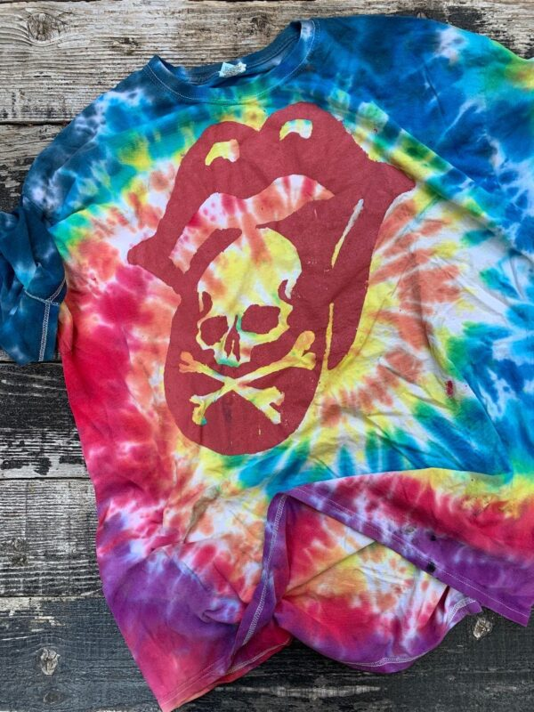 product details: OVERSIZED CLASSIC TIE DYE TSHIRT ROLLING STONES AT ROSE BOWL SCREEN PRINTED GRAPHIC AS-IS photo