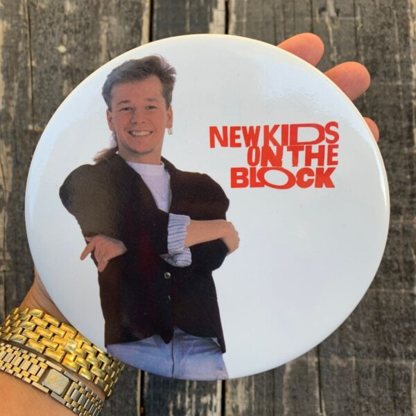 product details: 1980S OVERSIZED NEW KIDS ON THE BLOCK BUTTON PIN NKOTB DONNY photo