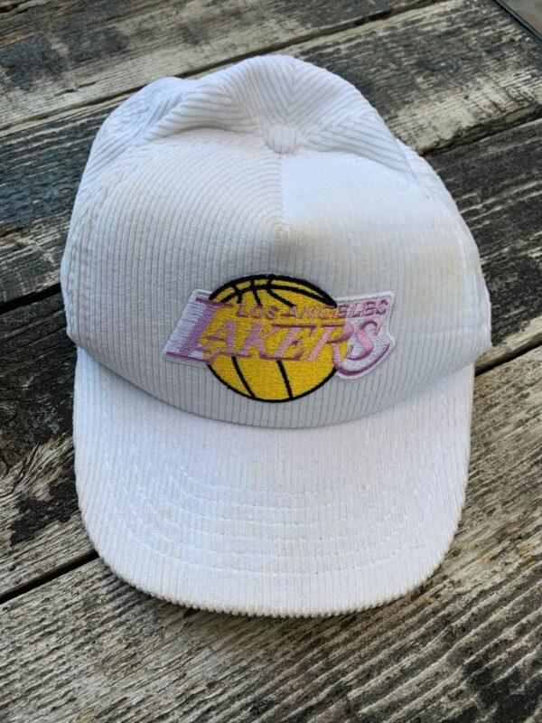 product details: VINTAGE CORDUROY LAKERS SNAP BACK HAT photo