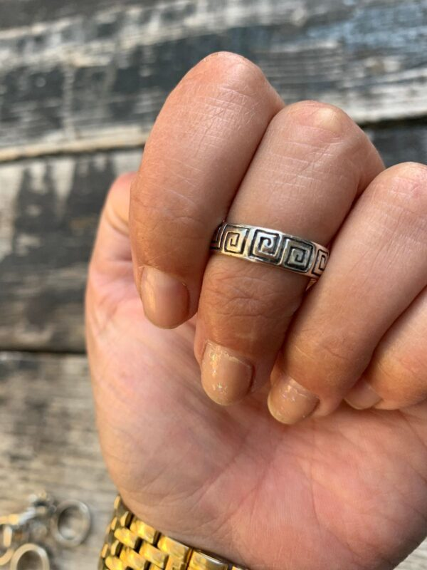 product details: STERLING SILVER RING BAND TRIBAL ENGRAVING photo