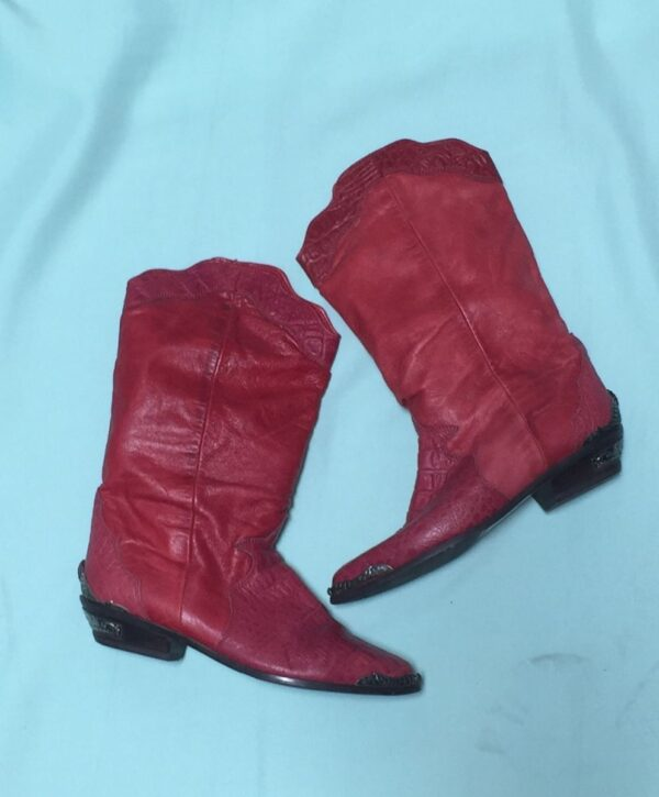 product details: VINTAGE 1980S ZODIAC PIXIE COWBOY BOOTS EMBOSSED CROC EMBELLISHED TOE AND HEAL photo
