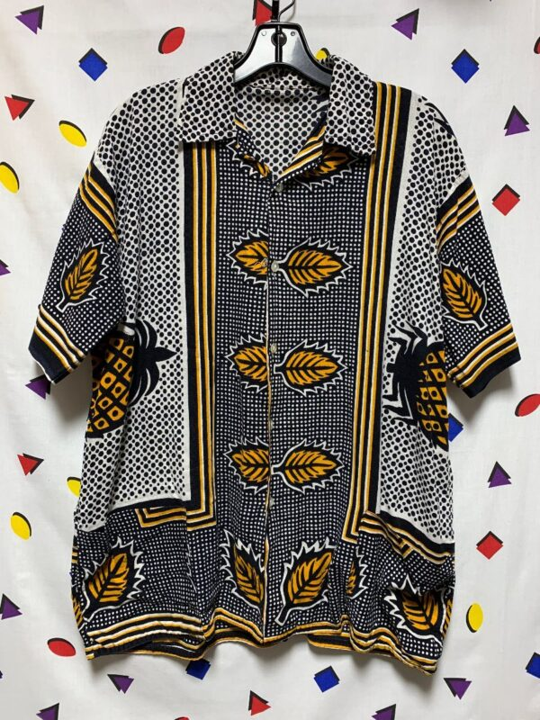product details: RETRO PINEAPPLE & POLKA DOT PRINT SS BD SHIRT WITH POCKETS photo
