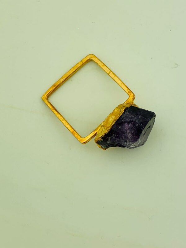 product details: RAW AMETHYST CRYSTAL CHUNK ON SOLID BRASS SQUARE RING photo