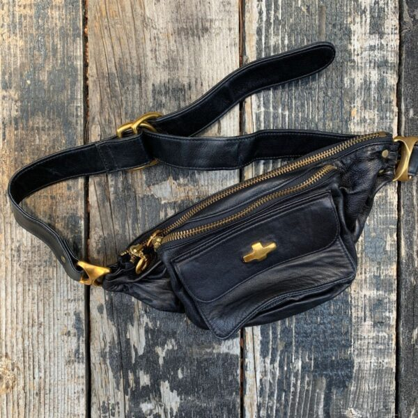 product details: VINTAGE 1990S BUTTER LEATHER FANNY PACK BRUSHED GOLD HARDWEAR photo