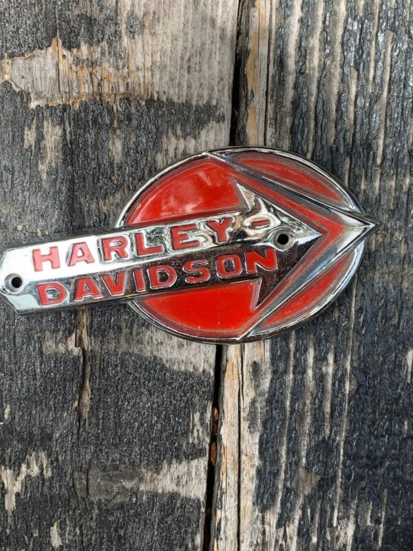 product details: HARLEY DAVIDSON MOTORCYCLE TANK EMBLEM photo