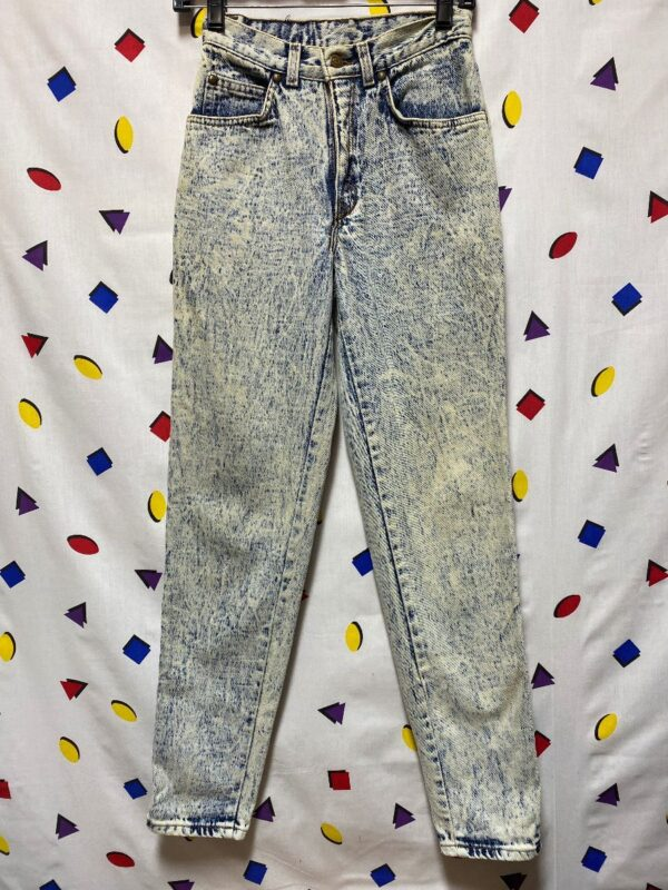 product details: ACID WASH HIGH WAISTED JEANS photo