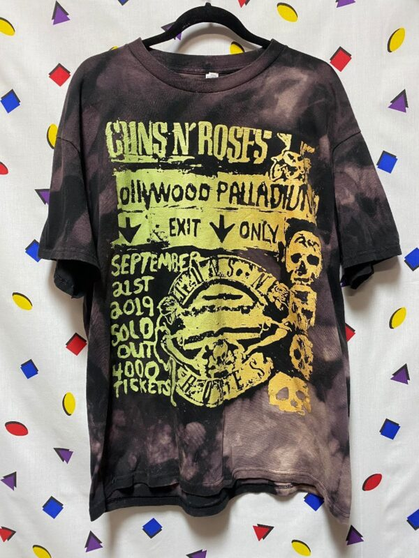 product details: GUNS N ROSES TSHIRT HOLLYWOOD PALLADIUM EXIT ONLY GRAPHIC TIE DYE photo