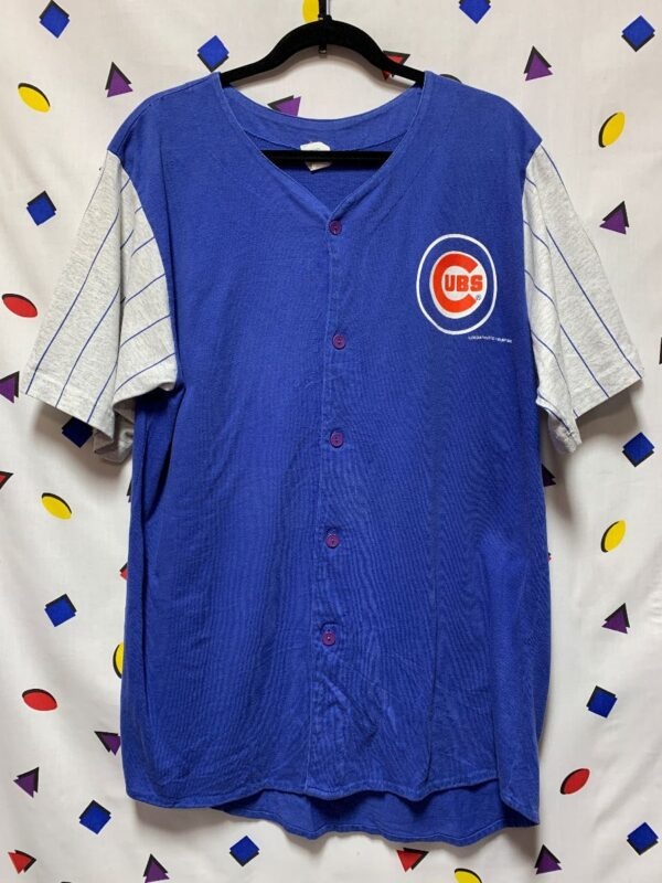 product details: MLB CHICAGO CUBS COTTON BUTTONUP JERSEY W/ PINSTRIPE SLEEVES photo