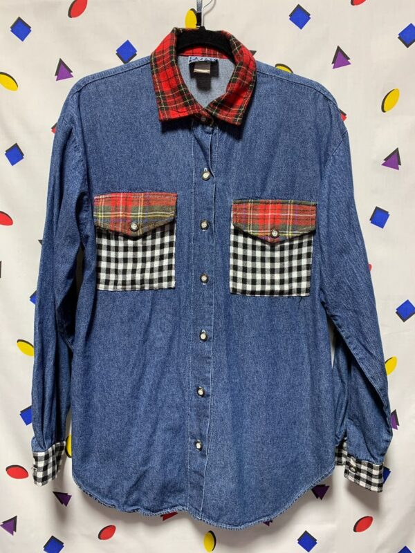 product details: 90S PATCHWORK DENIM FLANNEL GINGHAM POCKETS AND CUFFS PLAID FLAPS photo